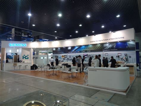 design booth oman siemens booth stand