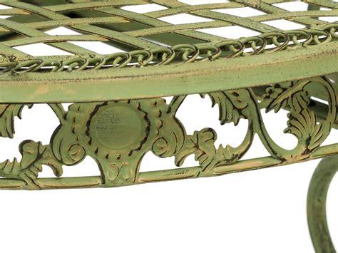 tavolo verde tavolo da giardino in una cremosa tavolo verde giardino in