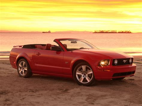 convertible mustang ford mustang gt convertible photos news reviews specs