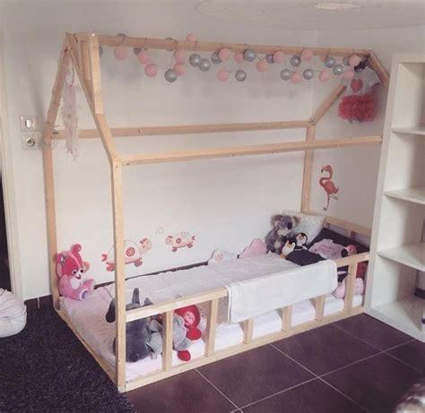 lit cabane bebe lit cabane esprit montessori choisir lit cabane chambre