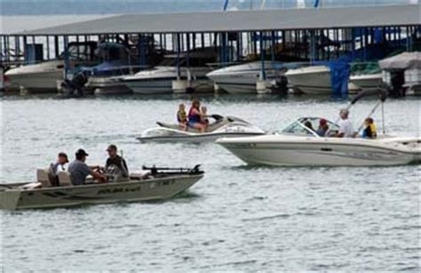 canyon lake boat rentals military pin by military onesource on summer fun on a budget