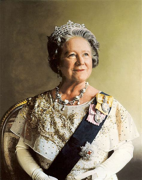 queen mother file queen elizabeth the queen mother portrait jpg wikipedia