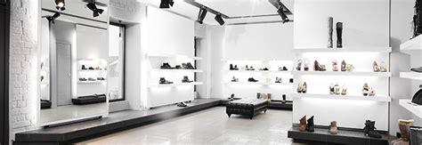 arredamento negozio scarpe progettazione e arredamento locali pubblici e attivit 224