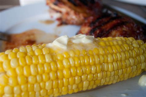 how many calories are in a corn corn