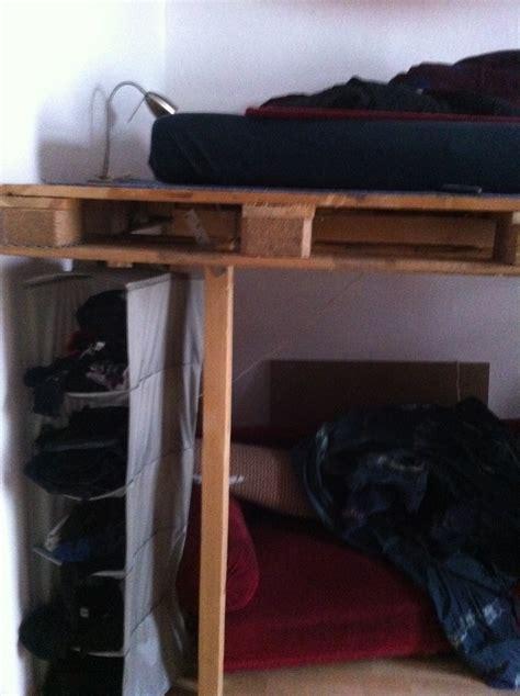 hochbett seite palettenbett und palettenmoebel