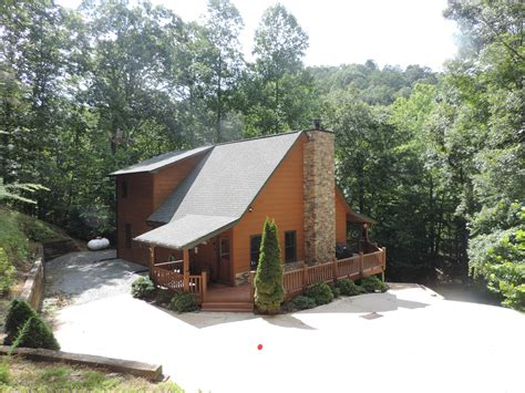 Bend Of The River Cabins by The Cabins For Your Family Vacation In Ellijay