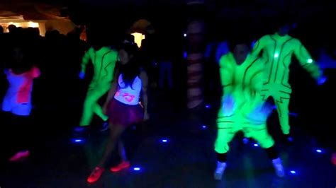quinceanera neon themes quincea 209 era de arianna quelal fiesta fosforecente neon