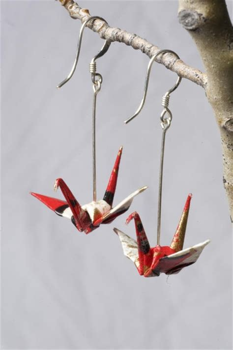 Origami Crane Earrings - beautiful origami accessories for the poptastic