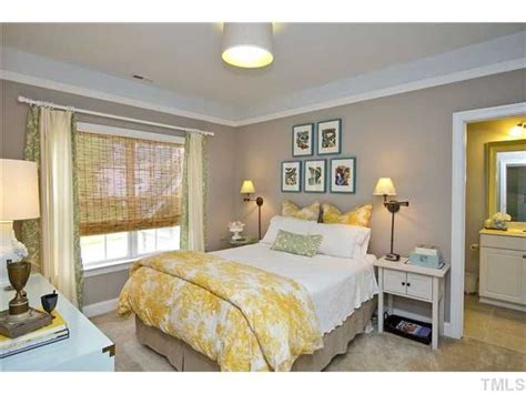 yellow and beige bedroom best 25 tan bedroom walls ideas on pinterest tan