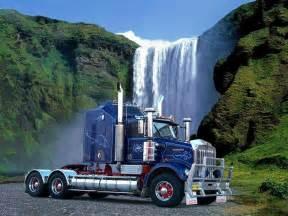 American 18 Wheeler Truck Free Martim
