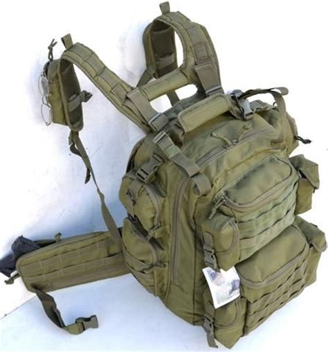 tactical cing backpack 1000 ideas about tactical vest on plate
