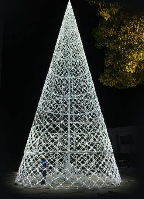 world s biggest christmas light maze tickets on sale in