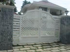 kerala home gates design colour kerala gate designs another white color gate in kerala