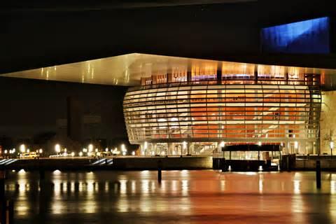 copenhagen opera house file copenhagen opera house at night jpg