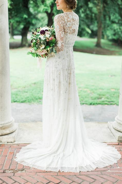 winter wedding dresses perfect  cold day long