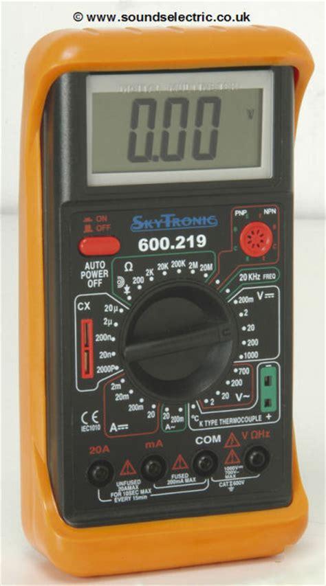 Multitester Digital 30 range digital multitester with temperature probe