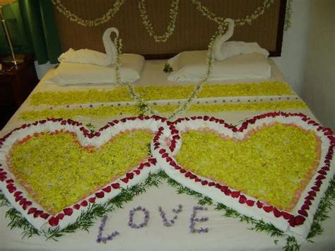 flower bed decoration bedroom decoration for wedding ideas