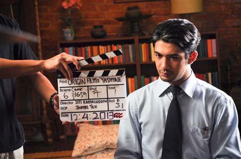 aktor film indonesia terbaik aktor terbaik indonesia saat ini reza rahadian film film