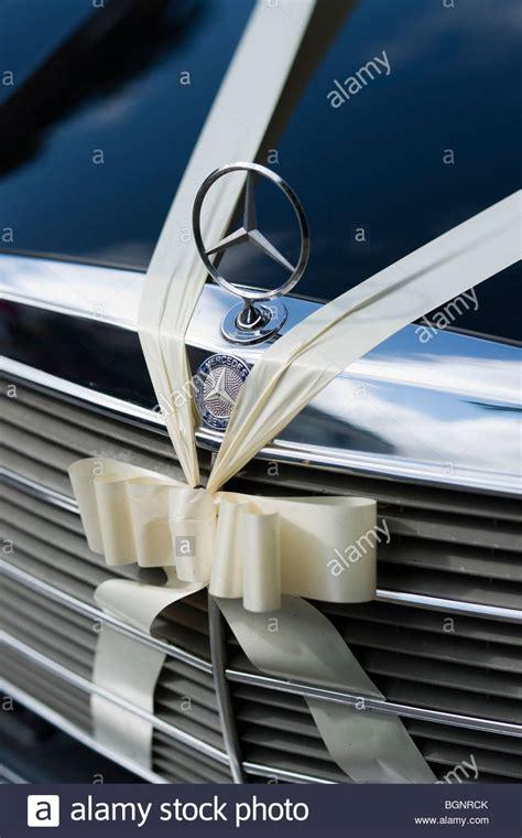 braut gebraucht neu blau mercedes wedding car stockfotos mercedes wedding car