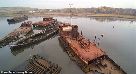 boat salvage yard new york drone footage shows new york city s forgotten arthur kill