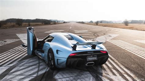 koenigsegg regera wallpaper 2016 koenigsegg regera door up rear hd wallpaper 18