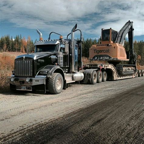 kenworth heavy trucks best 25 kenworth trucks ideas on semi trucks