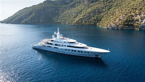 AXIOMA Superyacht   Luxury Motor Yacht for Charter with