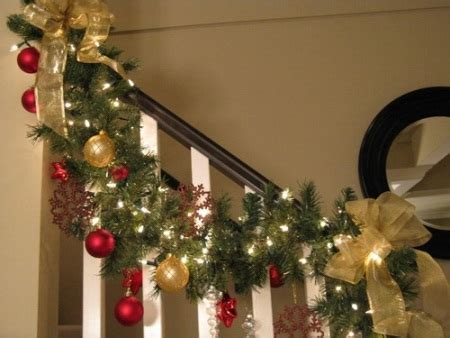 how to decorate a railing for christmas