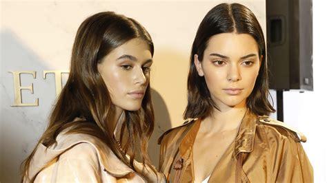 kaia gerber look alike kaia gerber kendall jenner look identical on shopping