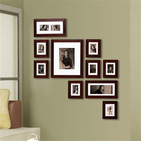 layout photo wall gene s photos gt galleries ideas gt seniors gt senior products