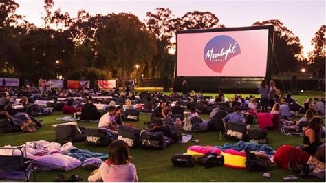 16 Cool Things To Do In Melbourne This Summer The Trend Moonlight Cinema Royal Botanic Gardens