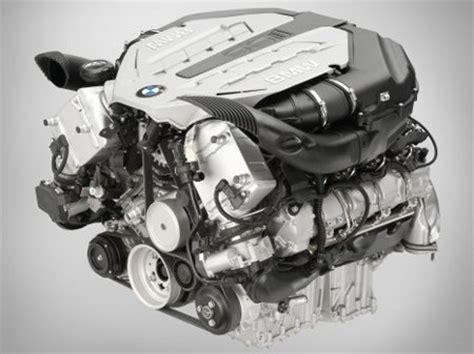 por que os motores fundem carro de garagem por que o motor do carro esquenta carro de garagem