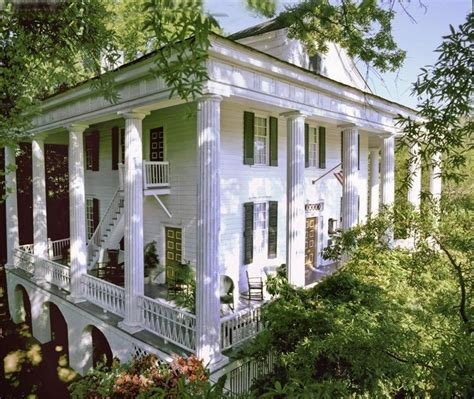 25 best ideas about plantation homes for sale on pinterest old mansions for sale old houses