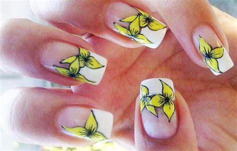 fotos de uñas pintadas hermosas c 243 mo hacer flores en las u 241 as tutorial u 241 asdecoradas club