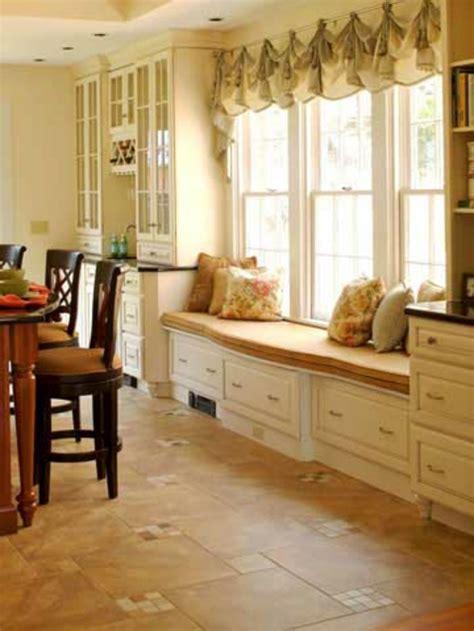 kitchen bay fenster 21 vorschl 228 ge f 252 r gem 252 tliche und bequeme sitzecke am fenster
