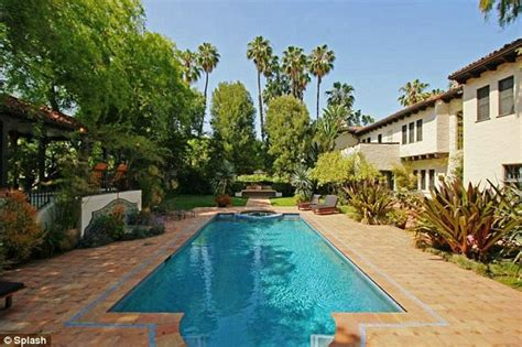 david schwimmer house david schwimmer puts his huge 10 7m mansion up for sale daily mail online