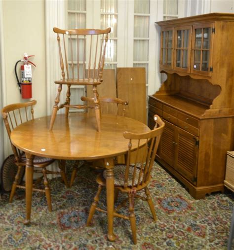 Maple Dining Room Furniture Ethan Allen Six Maple Dining Room Set