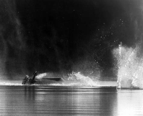 Water Speed Record Deaths Donald Cbell Remembered 50 Years After He Was Killed While Trying To A Water