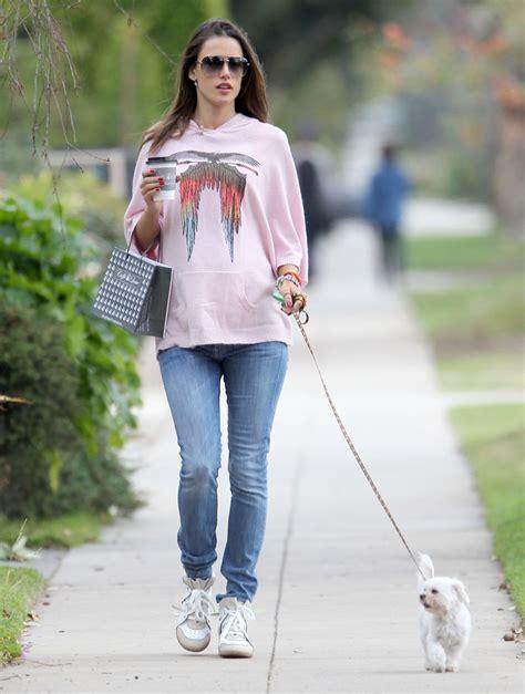 Alessandra Ambrosio Uh Walks Around by Alessandra Ambrosio Walks Zimbio