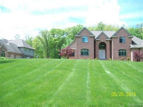 3584 woodridge dr 19 howell michigan 48843 foreclosed