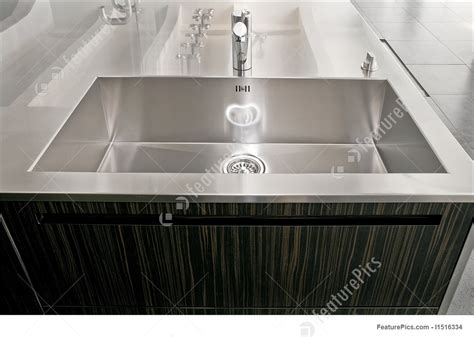 how big are sinks big image