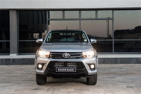 cars toyota black toyota hilux raider black limited edition 2017 specs