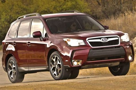 older subaru forester 2014 subaru forester vs 2014 subaru outback what s the
