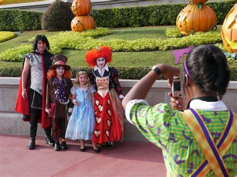 here are some costumes from mickeys halloween party at photo video update mickey s not so scary halloween party