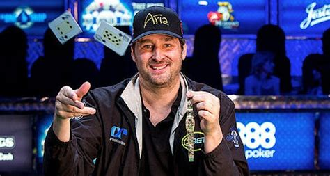 phil hellmuth wins 14th bracelet in 2015 world series of