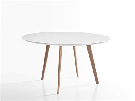 Roundtable Or Table by Buy The Arper Gher Table At Nest Co Uk