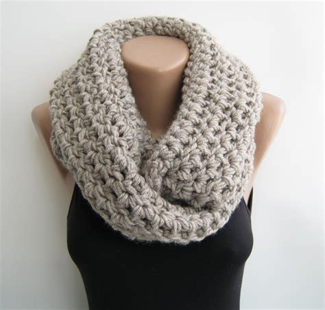 crochet infinity scarf oat meal chunky circle by sascarves