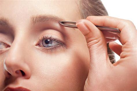 Augenbrauen Zupfen augenbrauen zupfen tipps und tricks f 252 r perfekt