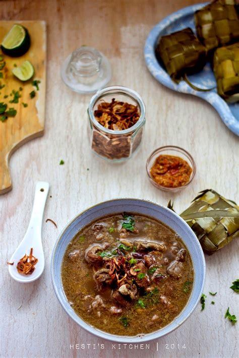 hestis kitchen yummy   tummy coto makassar