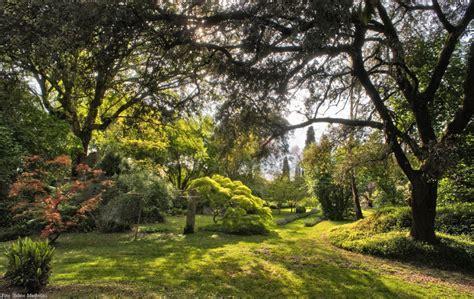 giardini della ninfa resistere resistere resistere come sulla linea